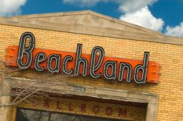 Beachland Ballroom - Photo Bob Perkoski