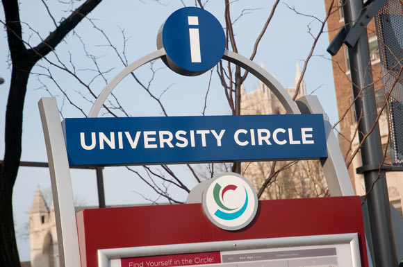 Studio Graphique University Circle signage