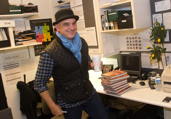 Michael Symon pre signing books at the Williams-Sonoma in Beachwood