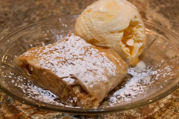 Apple Strudel at Sterle's Country