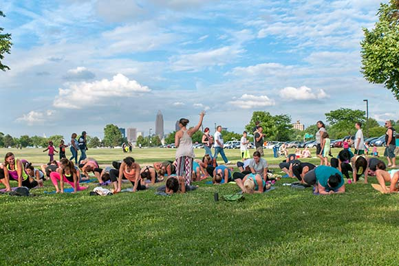 Yoga at Edgewater Live - photo Bob Perkoski