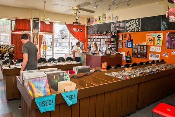 Cleveland Area Record Stores Hitting Their Groove
