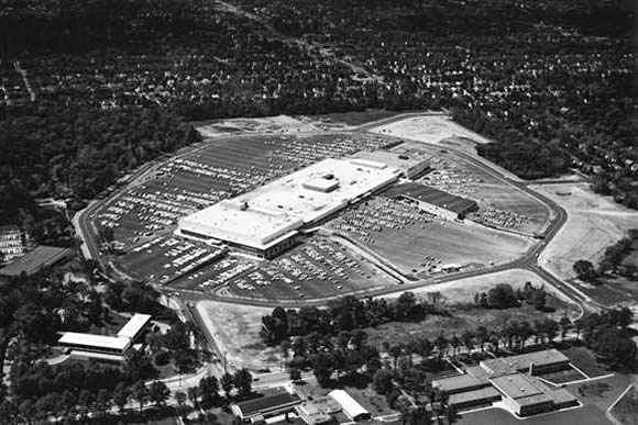 An aerial view of Severance Mall soon after it opened in 1963