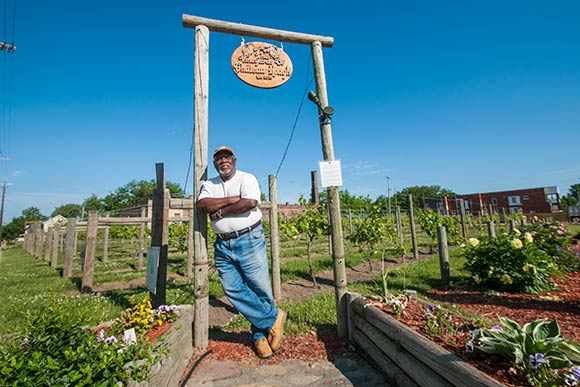 Mansfield Frazier of Vineyards of Chateau Hough