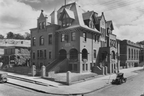 Exterior of the Alta House in 1928