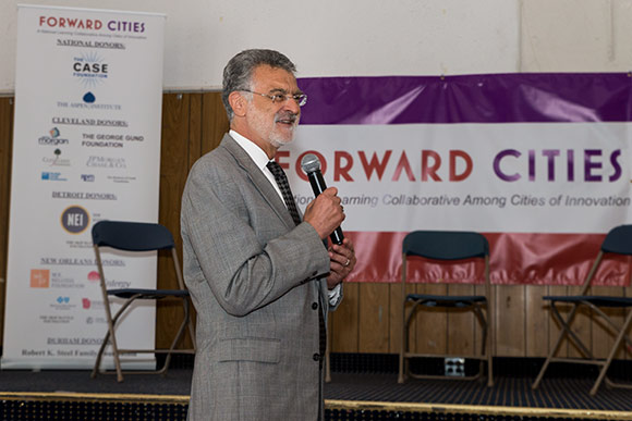 Cleveland Mayor Frank Jackson at the San Lorenzo Social Club
