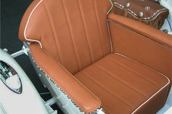 Custom leather side car seat