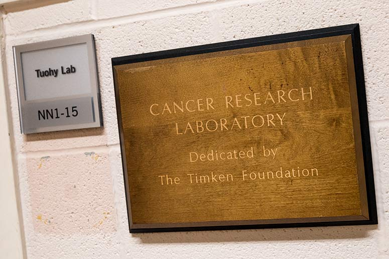 Cleveland Clinic Cancer Research Lab
