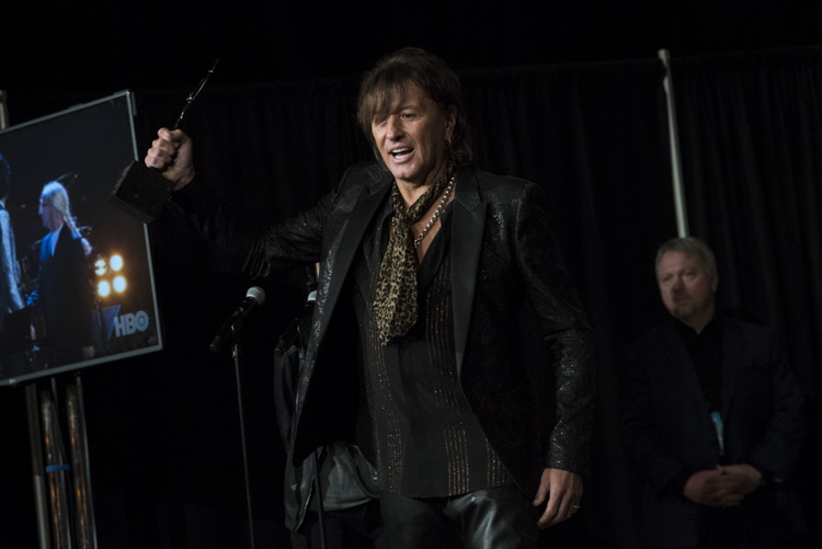 Richie Sambora backstage at the 33rd Rock & Roll Hall of Fame Induction Ceremony
