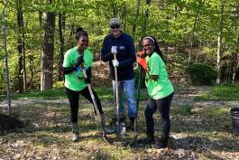West Creek Conservancy volunteer event