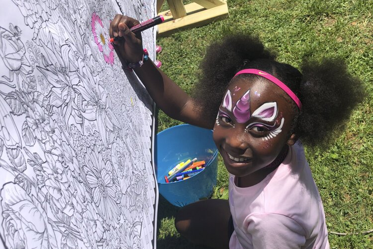 Painting in the Park gets creative on paper and on faces.