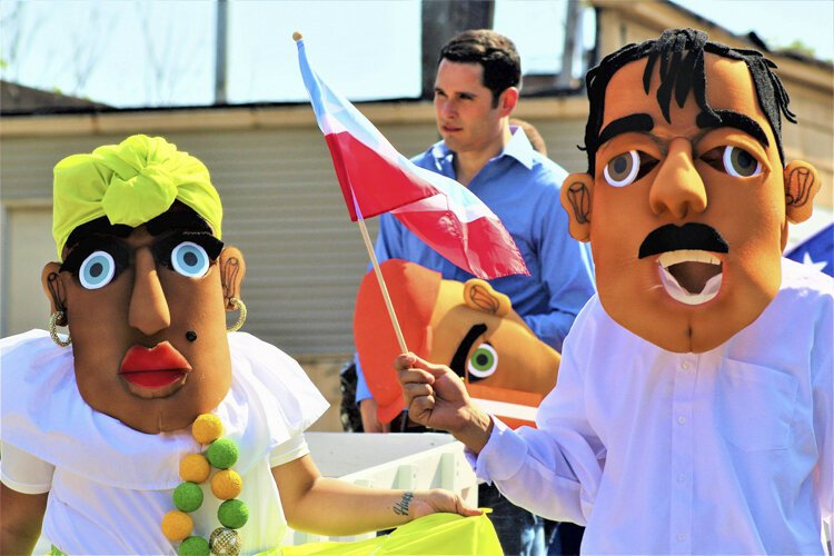 A workshop taught how to make authentic masks out of foam and silk at this year's Puerto Rican Parade and Festival.