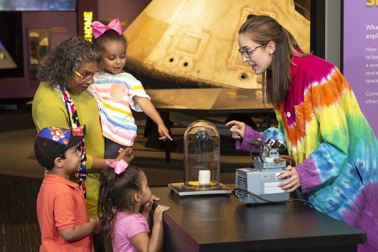 The weekend at the Great Lakes Science Center is packed with events around topics like wind and water, DNA and genetics, and robots on Mars.