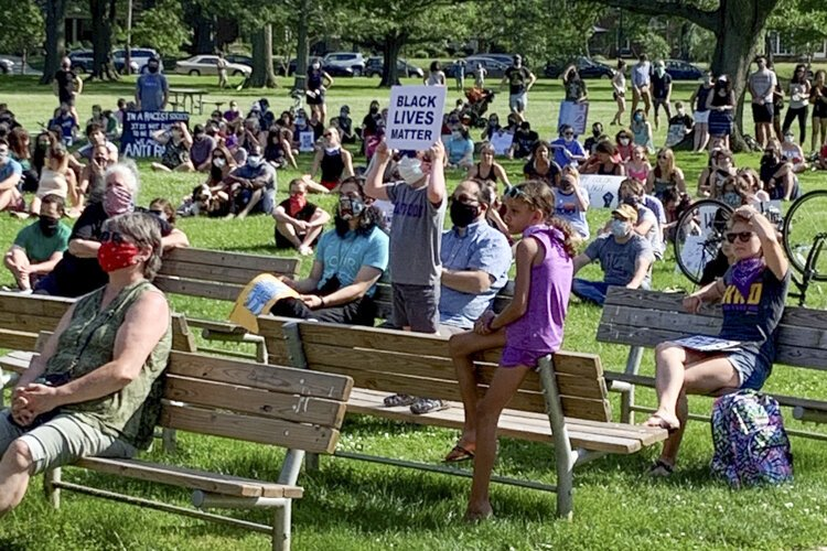 Student-organized Lakewood Kneel In at Lakewood Park.