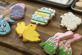 Luna Bakery cookies