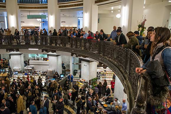 Heinen's Downtown Grand Opening