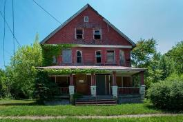 distressed residential properties in Cleveland