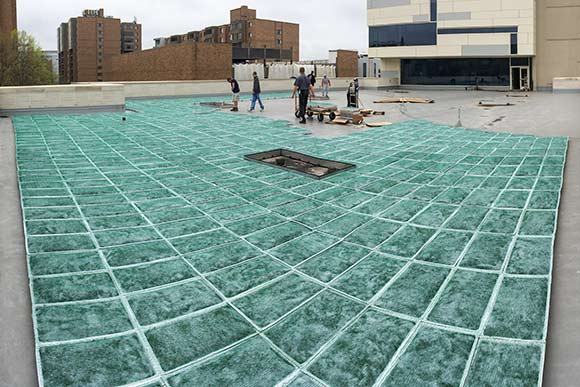 Installing Cleveland Institute of Art�s green roof