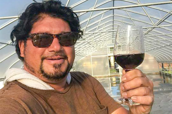Anthony Nunes Insana of Vino Veritas Cellars