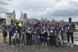 (i)Cleveland students volunteering on the Red Line Greenway