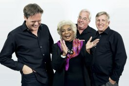 Director Todd Thompson with Nichelle Nichols, David Teek and Tim Franta of Woman in Motion.